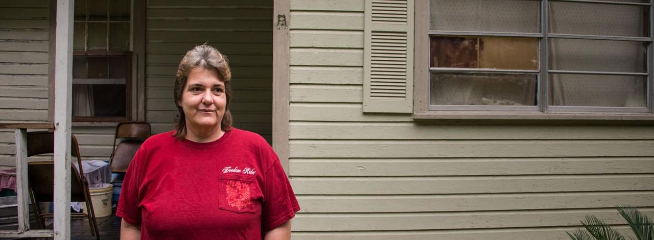 Chickasaw resident Sonya Ayers